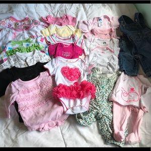 Other - EUC 20 piece lot of newborn size girls bundle